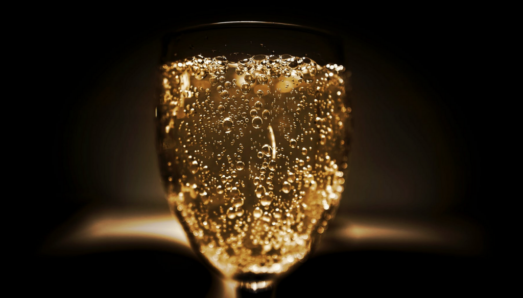 A fine Anglo-French affair: the creation of Champagne